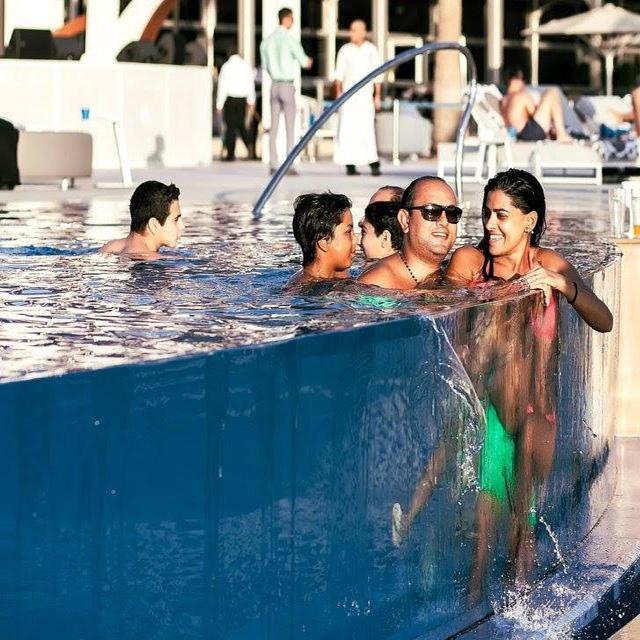 Panel de ventana subacuático personalizado PG piscina acrílica al aire libre